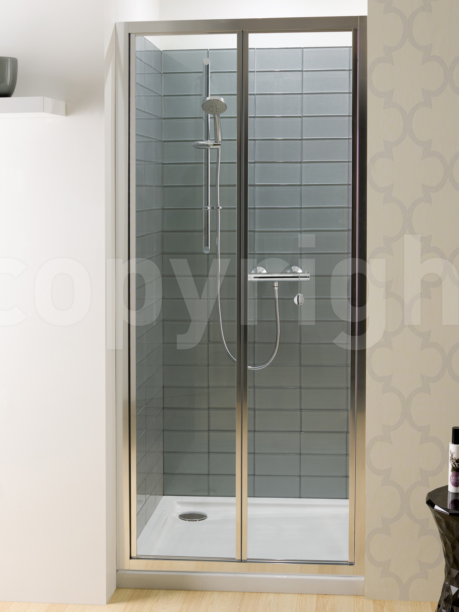 simpsons edge 1000mm bifold shower door