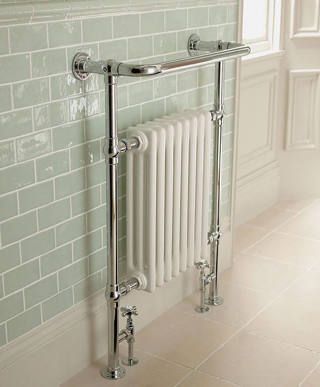 Imperial malmo radiator 8 bar chrome and white - Badkamer retro chic ...